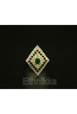 Bague bijou oriental turque ornée de pierres chic