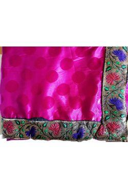 Sari robe indienne traditionnel fushia en soie satin