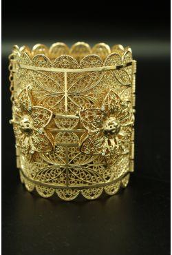Bijou oriental bracelet en plaqué or sertis de pierres