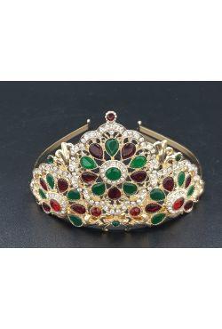 Couronne plaqué or avec des pierres rouges et vertes
