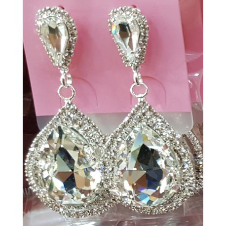 Boucles d'oreilles ornées de diamant