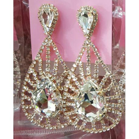 Boucles d'oreilles ornées de pierres couleur diamant