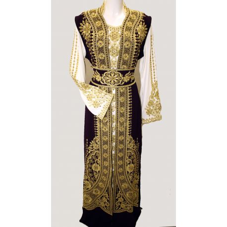 Robe orientale blanc violet