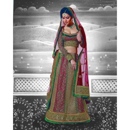 Tenue indienne de mariée en brodé à la main