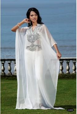 Robe tenue orientale blanche
