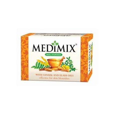 Savon Medimix hydrate efficacement la peau sèche, la rendant douce et souple