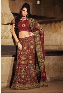 Tenue indienne de mariée én broderie compléte