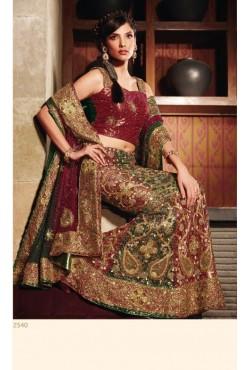Tenue indienne de mariée en broderie compléte
