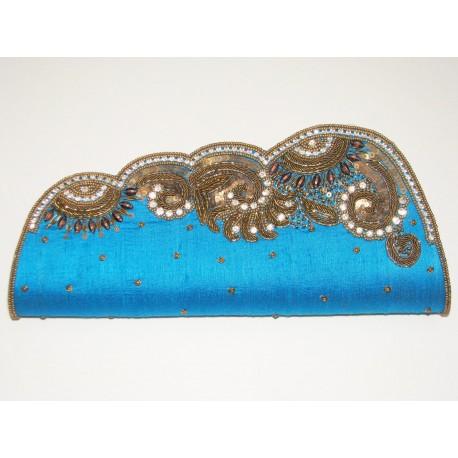 Sac de soirée bleu brodé de perles et swarovski