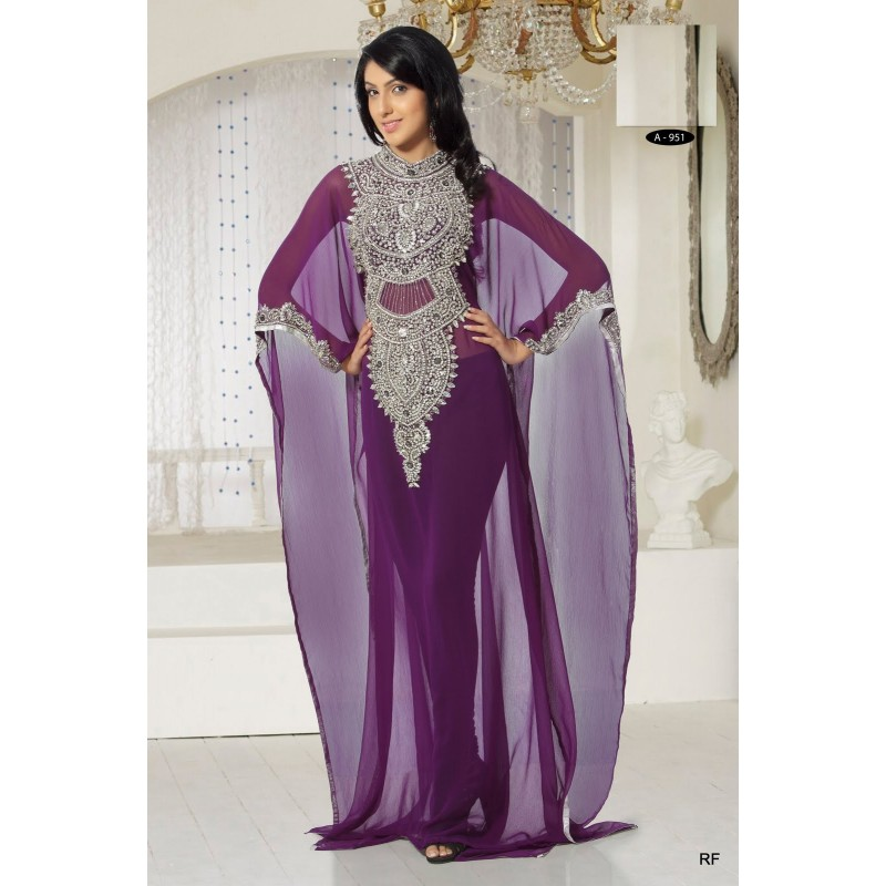 Top robes blog modele robe soiree dubai for Robe de mariage orientale