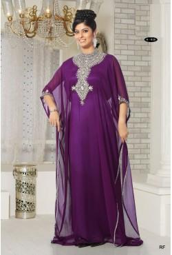 Robe orientale violette