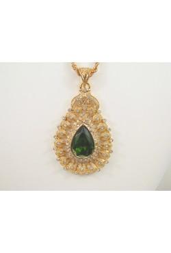 Collier sautoir et pendentif khalb avec une belle pierre couleur émeraude bijoux orientaux
