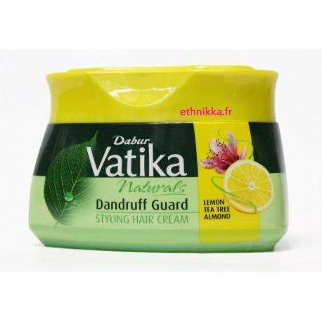 Masque soins cheveux anti-pelliculaire à l'huile essentielle de citron et d'amande - DABUR VATIKA