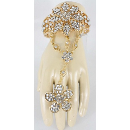 Parure de main blanc en fleur plaqué or bijou oriental