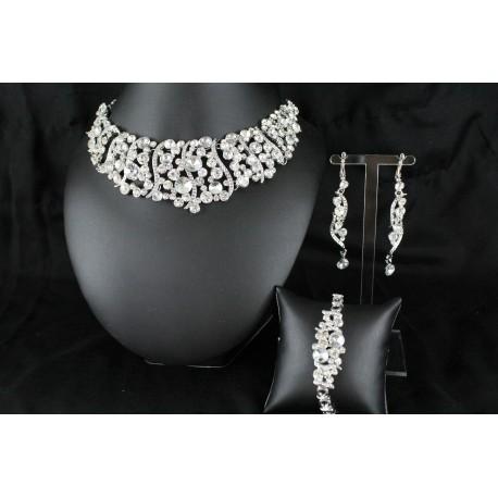 Parure bijoux orientaux de mariage pas cher for Bijoux orientaux mariage