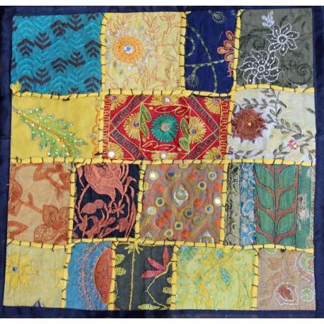 Vente housse de coussin patchwork peu cher sur for Housse de coussin patchwork