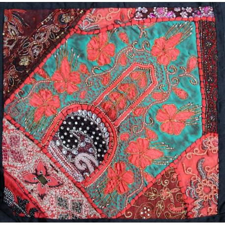 Housse de coussin en patchwork indien for Housse de coussin patchwork