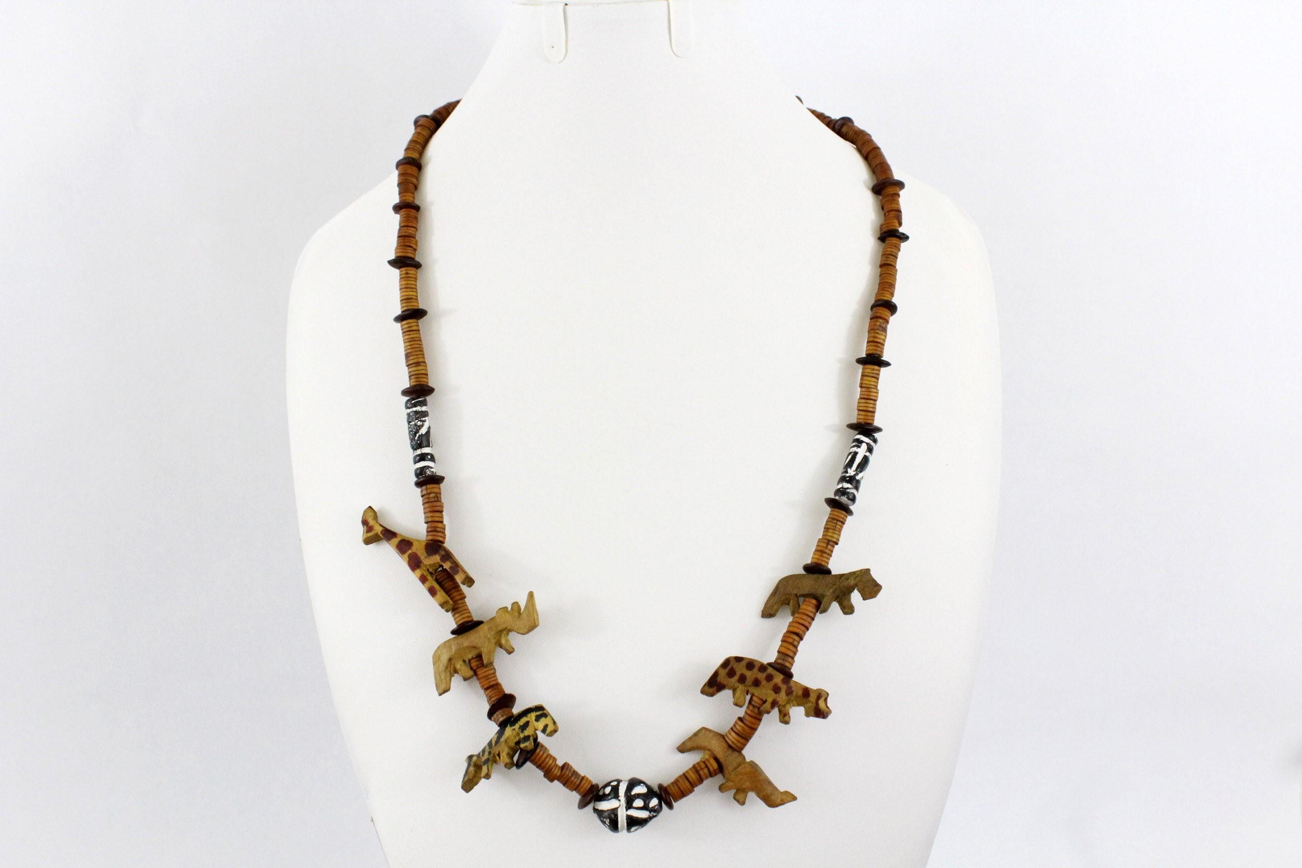 Collier africain en bois animaux de la savane