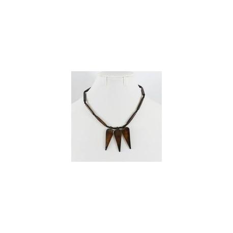 Collier africain couleur ébène taillé à la main