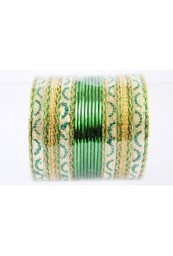 Bracelet indien en métal et de couleur