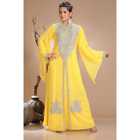 Robe orientale de dubai jaune - Couleur qui se marie avec le jaune ...