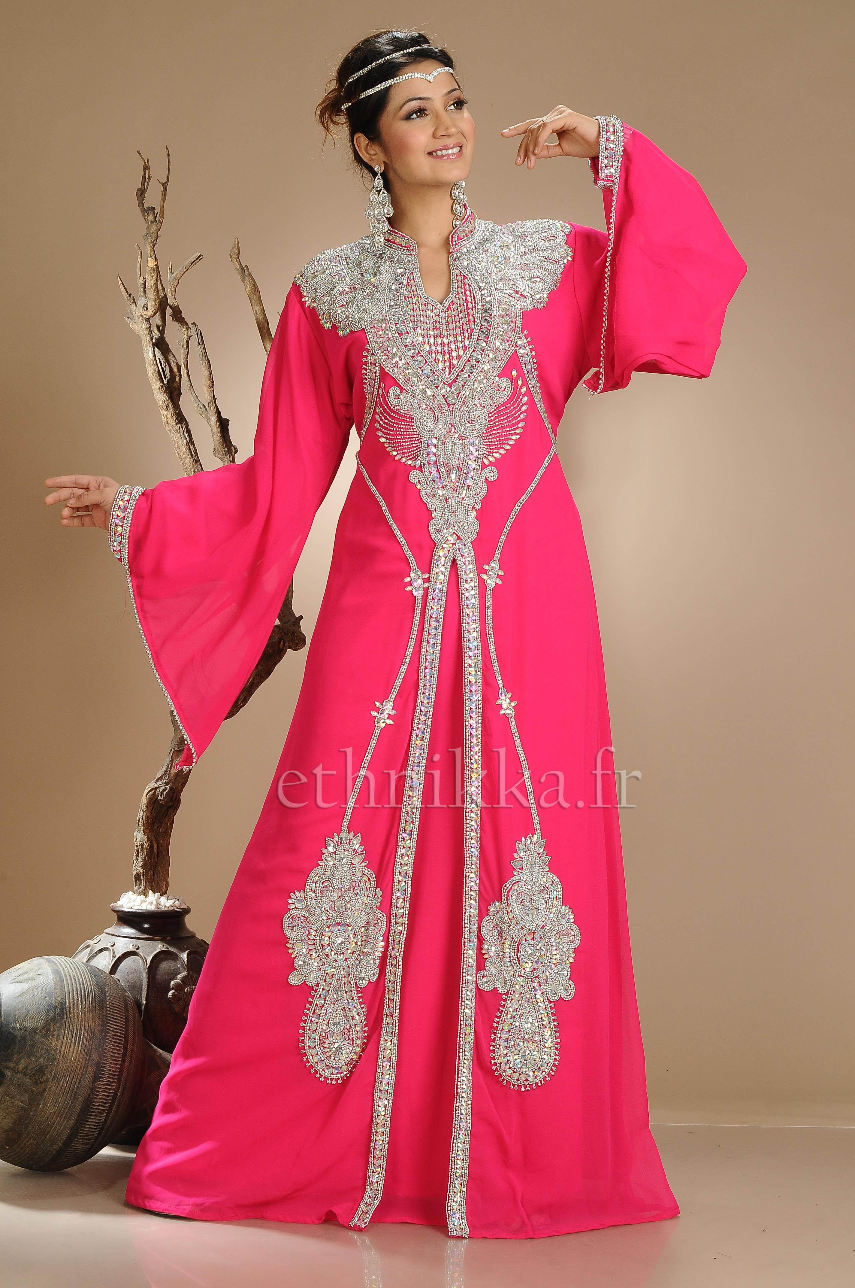 Ou acheter des robes dubai for Boutique de location de robe de mariage dubai