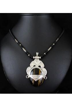 Collier touareg avec imposant pendentif
