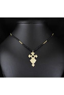 Collier ethnique bijoux Touareg croix du désert