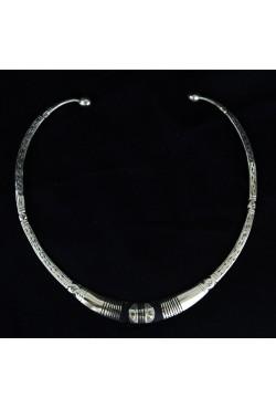 Collier tour de cou ethnique touareg
