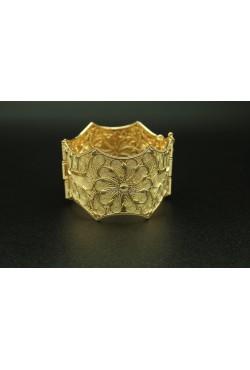 Bijou oriental bracelet en plaqué or décoré de motifs