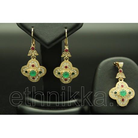 Parure de bijoux turcs sertis de pierres colorés
