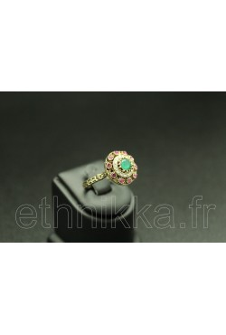 Bague turque en or plaqué serti de pierres rose et verte