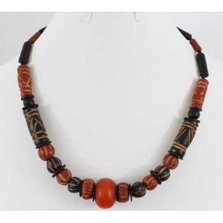 Collier en perle du Kenya