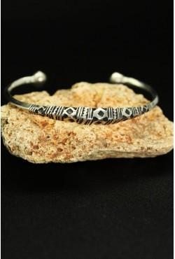Bracelet Touareg ciselé bijou ethnique