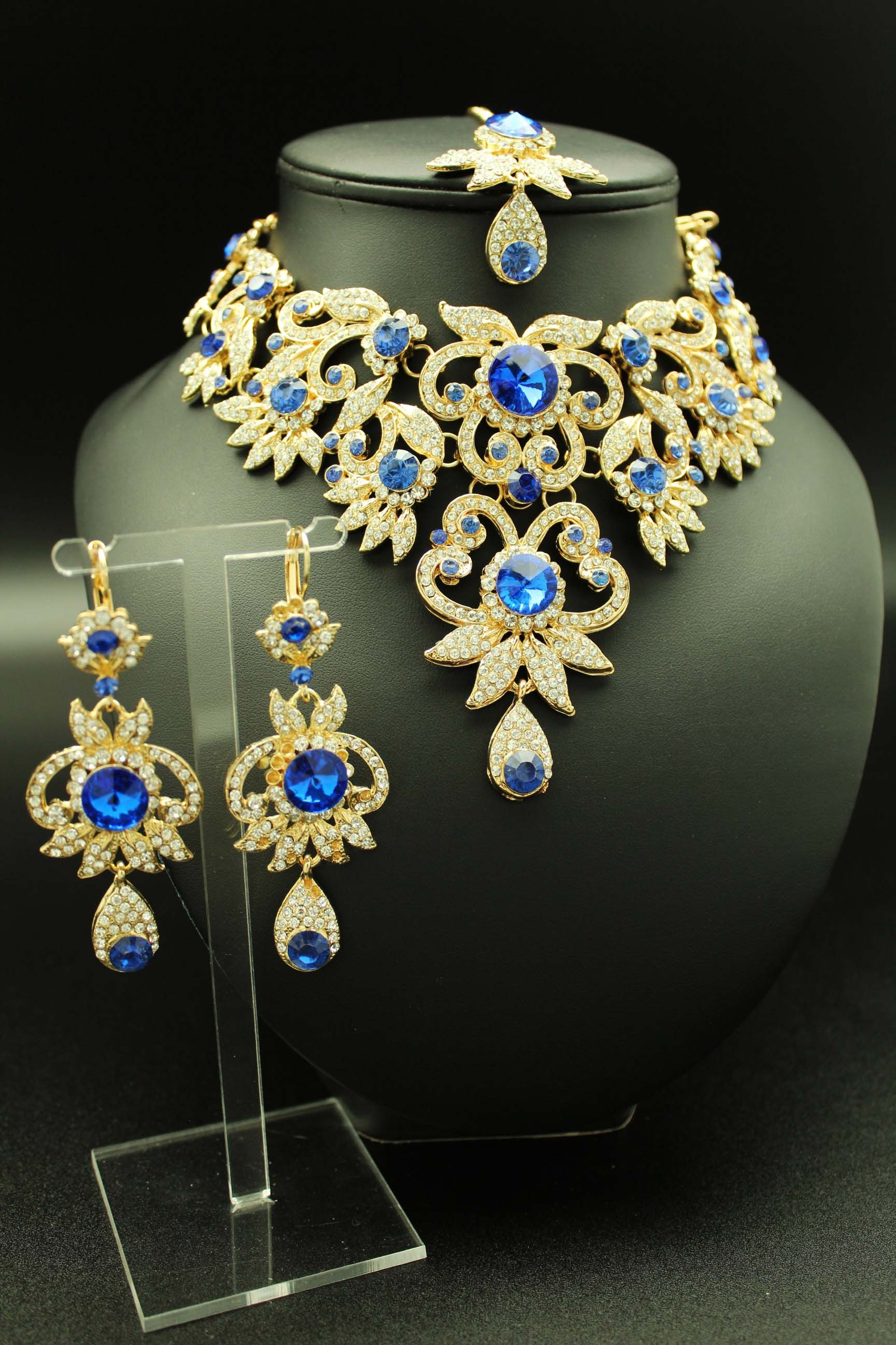 Parure florale bleue plaqué or. -IMG 8588. Les bijoux indiens ... 5ab10e443f00