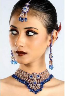 Parure indienne existe en rose ou blanc