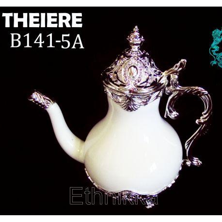 Théières en porcelaine orientale