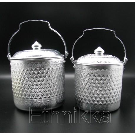 verres en aluminium tahilandais