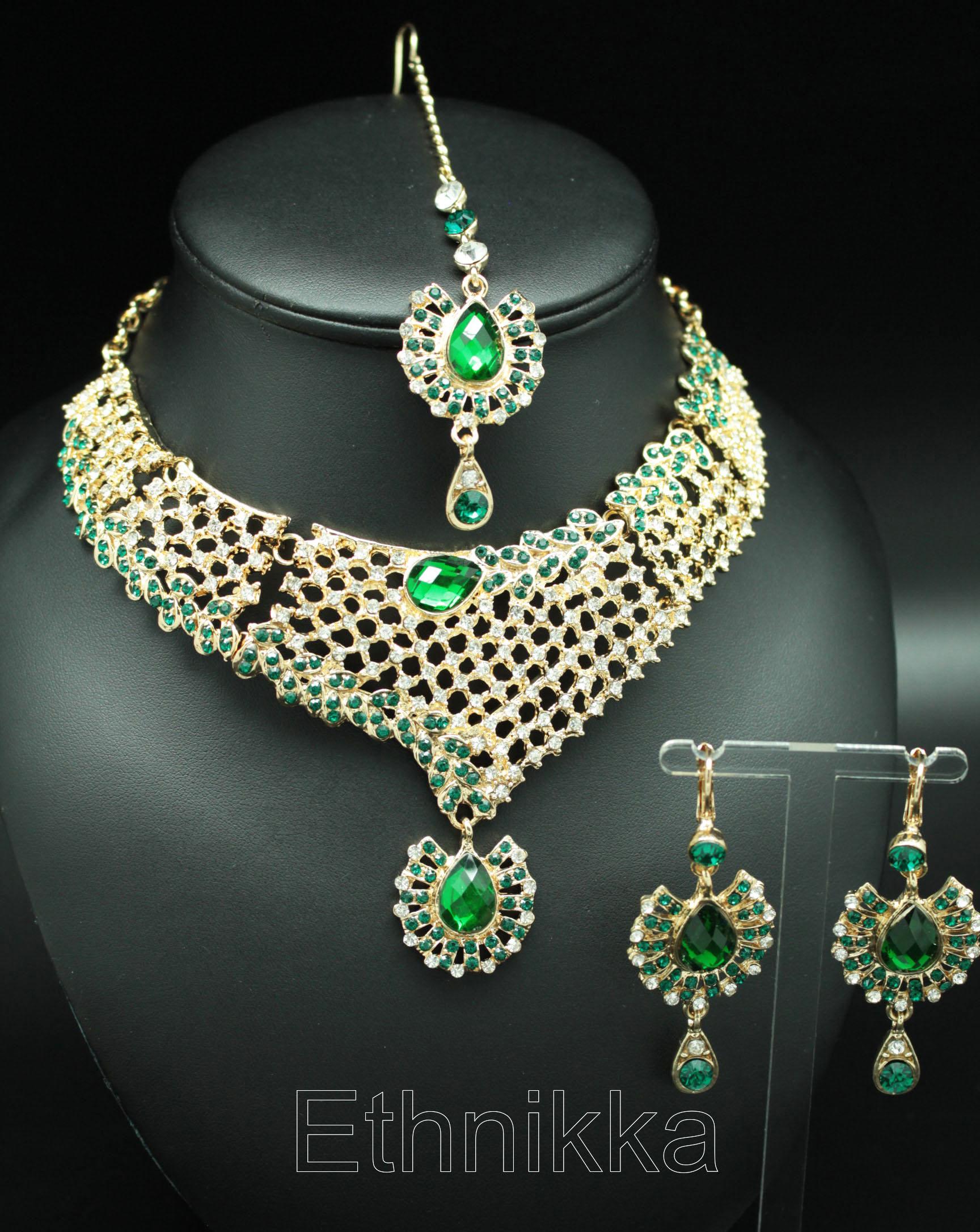f8e2b31e3 Acheter une parure de bijoux indiens ethnique à plaqué or existe en vert,  rose et blanc