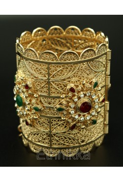 Bijou de tradition orientale bracelet plaqué or