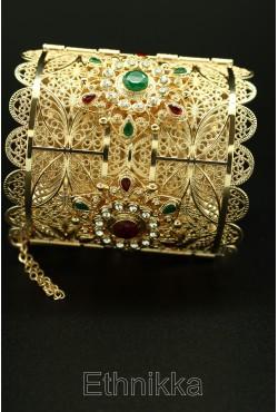 Bijou de tradition orientale bracelet plaqué or