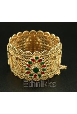 Bracelet oriental orné de strass rouges et verts