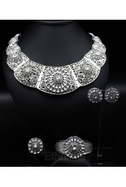 Parure 5 bijoux orientaux ethniques turcs plaqué argent