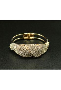 Bijou oriental bracelet plaqué or serti de strass