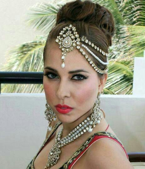 bijoux de oriental barette tient la tte grace une barette cheveux et un crochet - Bijoux De Tete Mariage Oriental